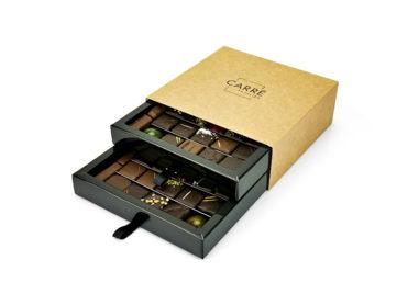 Coffret Carré Passion 50 chocolats